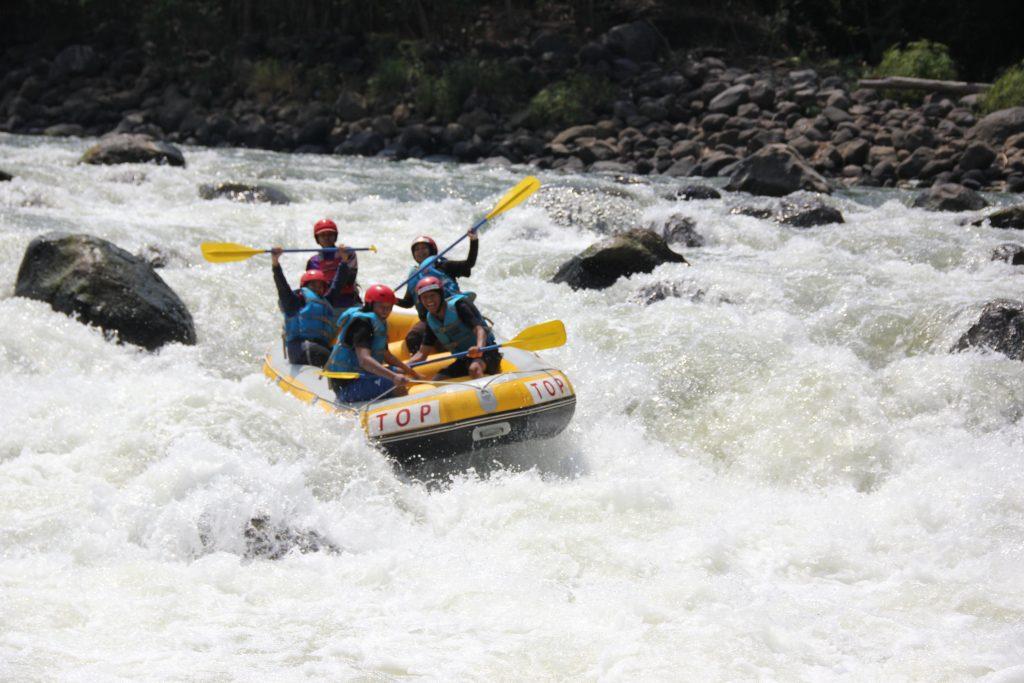 rafting progo