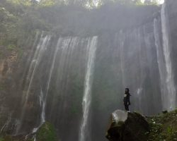 tumpak sewu waterfall tour